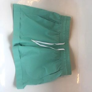 *NWT Lululemon Spring Break Away Shorts, Sz 4